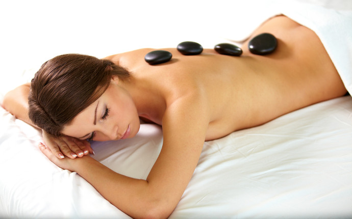 nuttree_wellness_hotstone_09.jpg